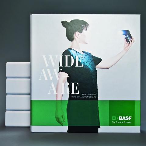 The designers at BASF Coatings impressed customers in the automotive industry and the jury with their portrayal of automotive color trends in their trend book, Wide Awake.